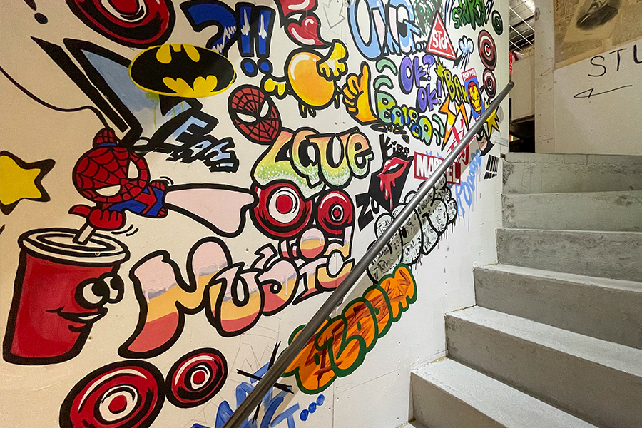 05 モルタル造形・エイジング塗装・壁画制作