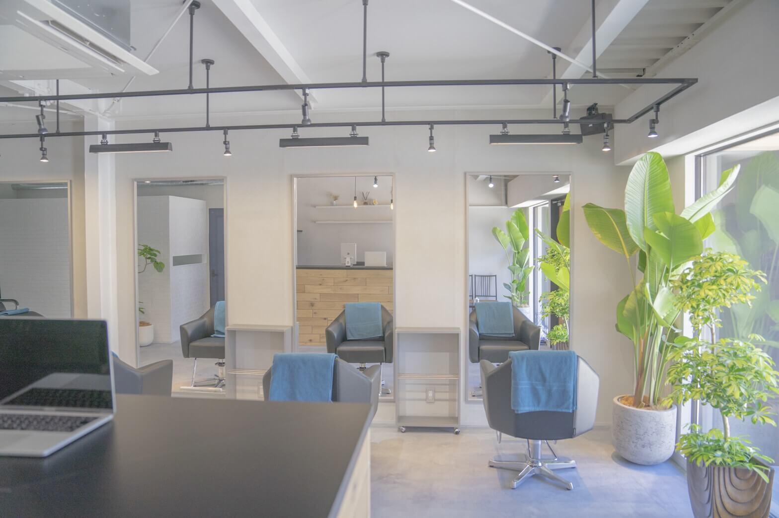 IMG_0205 サロンの店舗デザインで悩んでいる方必見!内装のアイデアの幅出しをお手伝いします!