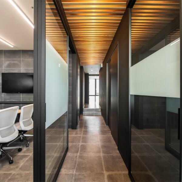 オフィスを作りたい方へ!内装工事の費用について解説します!