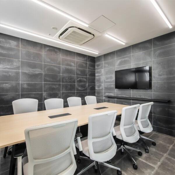 快適なオフィス環境にするために!内装をこだわる重要性と内装工事の作業内容を紹介!