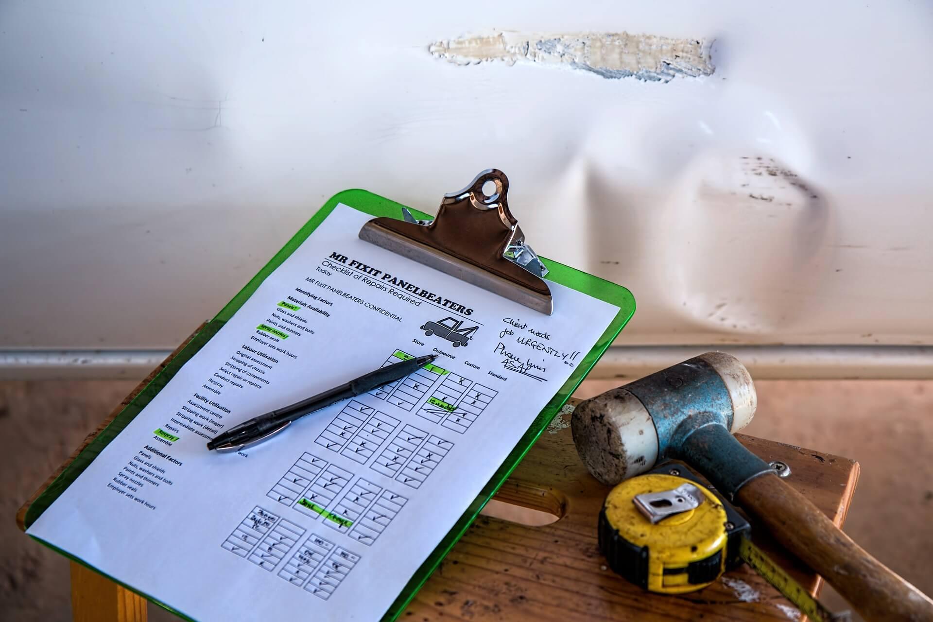 insurance-539659_1920 店舗改修をお考えの方へ|見積もりを出した際の見積書の見方についてご紹介します!