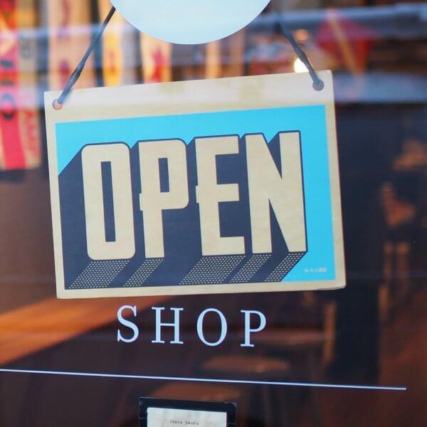 店舗の売り上げを改善したい!店舗デザインの見直しのタイミングです
