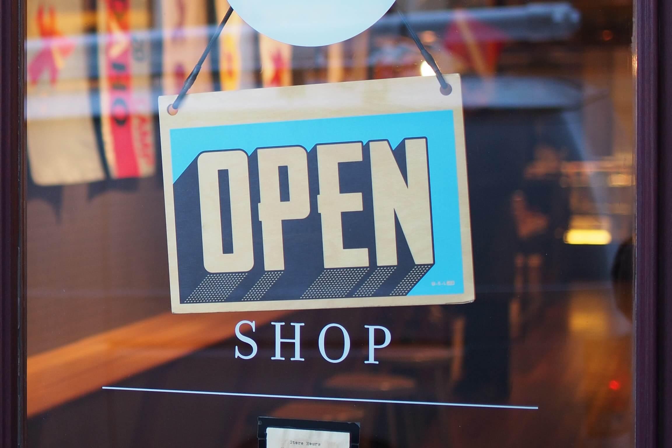 mike-petrucci-c9FQyqIECds-unsplash 店舗の売り上げを改善したい!店舗デザインの見直しのタイミングです