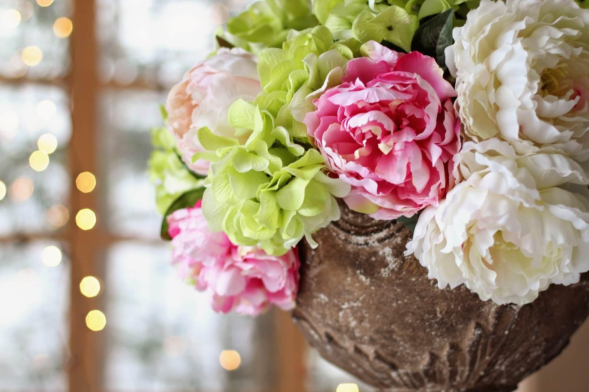 peonies-2044874_1920 花屋の店舗デザインをお考えの方へ!ポイントをご紹介します!